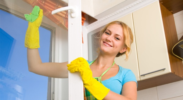 Ako sa starať o okná a protihmyzové sieťky pred zimou?